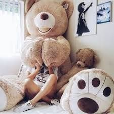Buy giant teddy online from the Australia's giant teddy brand. Premium fur giant teddy is perfect for all ages and a perfect gift for your loved one. Teddy Girl, Huge Teddy Bears, Giant Teddy Bear, Big Bear, Bear Tumblr, Plushies, Girly Things, Cuddling, Cute