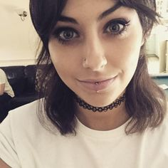 Double Nose Piercing (73)