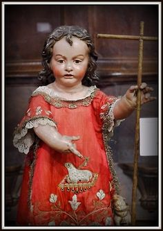 Detalles del coro y museo de Santo Domingo el Antiguo. Toledo