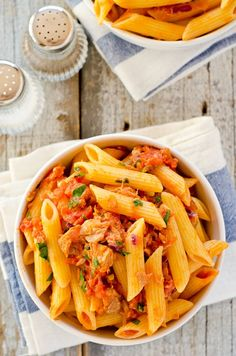 I dont like tuna but my family does...worth a shot. Tomato and Tuna Pasta #Yummy #Easy #Recipes
