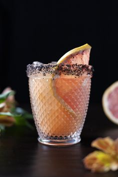 Salty Dog - Moody Mixologist Cocktails Made With Gin, Refreshing Cocktails, Classic Cocktails, Cocktail Ingredients, Grapefruit Juice, Cocktail Making, Craft Cocktails, Recipes
