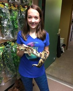 Snakes don't have to be scary. 14 year old girl holding her first snake. 14 Year Old Girl, Ball Python, Snakes, Reptiles, Scary, T Shirts For Women, Kids, Fashion, Young Children
