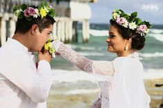 Flores en el pelo Charo Ruiz, Wedding Styles, Bride, Wedding Dresses, Hair Styles, Collection, Fashion, Pageants, Long Jackets