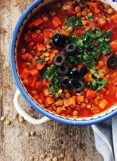 Soup Recipes, Recipies, Cooking Recipes, Chana Masala, Food Photo, Tofu, Food And Drink, Healthy Eating, Vegetarian