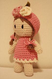 Linda boneca! #amigurumi #croche #CoatsCorrente