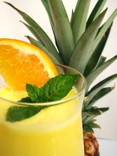 Pina Colada, Tiramisu, Cocktail Drinks, Cocktails, Paleo, Soul Food, Pineapple, Beverages, Food And Drink