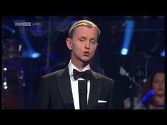 Max Raabe - Küssen kann man nicht alleine (Dancing Stars 2011)