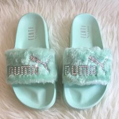 Rihanna's Bling Custom Women's Puma Fenty Fur Slides In Pastel Green With Beautiful Swarovski Crystals- Limited Edition ! Sock Shoes, Shoe Boots, Shoes Heels, Sneakers Fashion, Fashion Shoes, Nike Slippers, Bling Shoes, Hype Shoes, Cute Sandals