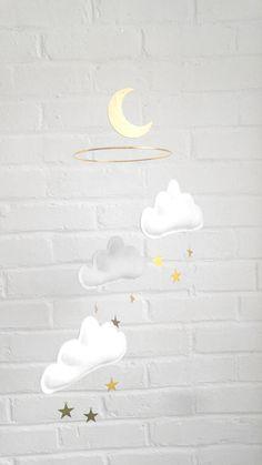 Mobile bébé nuages et étoiles. Mobile nuages blancs mini