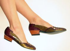Vintage 1980s Leather Shoes in Embossed Metallic by BasyaBerkman, $40.00