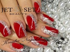 From Mnailsdesigns – Hollyhousecreations Christmas nail designs ! From Mnailsdesigns … Christmas nail designs ! From Mnailsdesigns – Hollyhousecreations Christmas nail designs ! From Mnailsdesigns … Elegant Nail Designs, Christmas Nail Art Designs, Winter Nail Designs, Elegant Nails, Red Nail Designs, Christmas Design, Xmas Nails, Holiday Nails, Red Nails