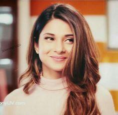 Jennifer Winget Beyhadh, Jennifer Love, Stylish Girl Pic, Girls Dpz, Indian Celebrities, Looking Gorgeous, Beautiful Actresses, Indian Beauty, Bollywood Actress