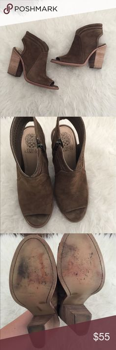 """Vince Camuto Koral open toe bootie. Open toe shoe Excellent used condition Vince Camuto """"Koral"""" size 8.5. Only worn twice. Very minimal wear and a few dirt spots that haven't been treated. Please review photos for details and measurements. No trades. Vince Camuto Shoes"""
