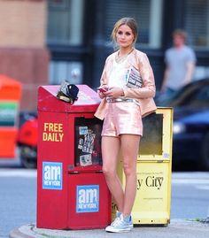 Olivia Palermo: saco+short+tennis+playera