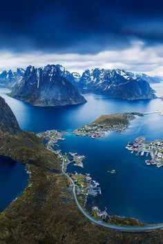 The beautiful view from Reinebringen, Lofoten in Norway ?The beautiful view from Reinebringen, Lofoten in Norway ? Lofoten, Places To Travel, Places To See, Travel Destinations, Wonderful Places, Beautiful Places, Voyage Europe, Amazing Nature, Beautiful Landscapes