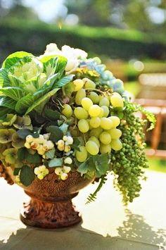 Grapes in a bouquet Floral Centerpieces, Wedding Centerpieces, Wedding Decorations, Centrepieces, Decor Wedding, Terrarium Centerpiece, Fresh Flowers, Beautiful Flowers, Cabbage Flowers