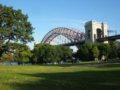 Veiw Of 'The Hellgate Bridge' at 'Astoria Park' What FUN WE HAD THERE 💕