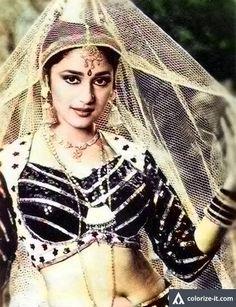 Bollywood Outfits, Bollywood Photos, Bollywood Stars, Beautiful Indian Actress, Beautiful Actresses, Madhuri Dixit Hot, Bollywood Masala, Indian Goddess, Vintage Bollywood