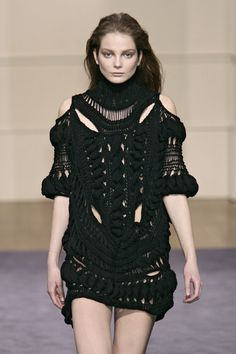 Julien Macdonald Fall 2009 | knitwear | knit | high fashion | runway | catwalk