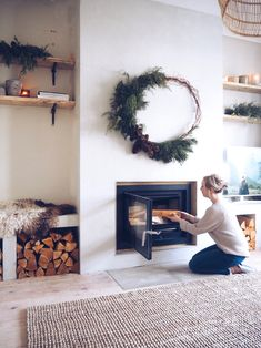 Renovation Diary: Our Living Room and Fireplace Revamp — Malmo & Moss Old Fireplace, Fireplace Remodel, Modern Fireplace, Living Room With Fireplace, Fireplace Surrounds, Simple Fireplace, Fireplaces, Living Room Ideas Old House, Empty Fireplace Ideas
