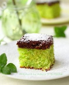 Prajitura cu menta si ciocolata detaliu Layer Cake Recipes, Easy Cake Recipes, Pie Recipes, Napoleon Cake, Romanian Desserts, Sweet Tarts, Just Cooking, Pinterest Recipes, Desert Recipes