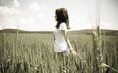 -Brunettes-Women-Landscapes-Nature-Models-Fields-Outdoors-Spikelets-