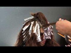 Tecnica de mechas* en diagonal y color - YouTube Color Fantasia, Diagonal, Sally Beauty, Hair Designs, Dreadlocks, Youtube, Hair Styles, Beautiful, Instagram