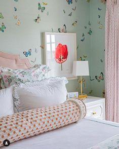Pretty Bedroom, Dream Bedroom, Home Bedroom, Girls Bedroom, Bedroom Decor, Bedroom Inspo, Bedrooms, Butterfly Bedroom, Big Girl Rooms