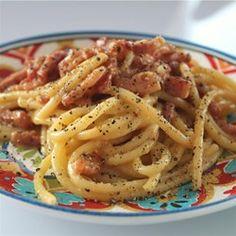 Spaghetti alla Carbonara: the Traditional Italian Recipe - Allrecipes.com