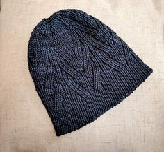 Hirombe by Jared Flood, knitted by erinespiegel | malabrigo Arroyo in Prussia Blue