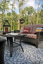 Decorate your patio for your next outside party or get together with stencils from Royal Design Studio. Stenciled outdoor rugs are an easy DIY project! Outdoor Carpet, Indoor Outdoor Rugs, Outdoor Tables, Outdoor Living, Outdoor Decor, Outdoor Ideas, Outdoor Stuff, Outdoor Lounge, Outdoor Rooms