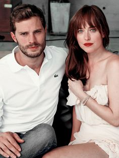 Jamie Dornan and Dakota Johnson looks absolutely stunning here. Love both their looks. 50 Shades of Christian and Ana Estilo Dakota Johnson, Dakota Mayi Johnson, Jamie Dornan, Fifty Shades Series, Fifty Shades Movie, Mr Grey, Fifty Shades Darker, Fifty Shades Of Grey, Christian Grey