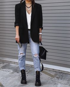 Blazer Jeans, Jeans And T Shirt Outfit, Blazer Outfits Casual, Look Blazer, Flannel Outfits, Cute Fall Outfits, Jean Outfits, Cardigan Outfits, T Shirt Outfits