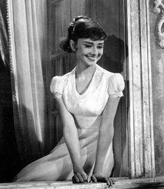 Audrey Hepburn - Audrey Hepburn Photo (30175255) - Fanpop fanclubs