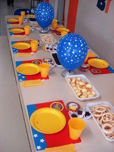 festa mulher maravilha Superhero Birthday Party, Birthday Party Themes, Girl Birthday, Wonder Woman Birthday, Wonder Woman Party, Diy Party, Decoration, Superman, Fiesta Ideas