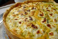 Lente quiche met courgette en geitenkaas 4 Easter Buffet, Good Food, Yummy Food, Oven Dishes, Quiche Recipes, Cooking Time, Tapas, Pizza, Brunch
