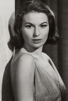 Silvana Mangano, 1954
