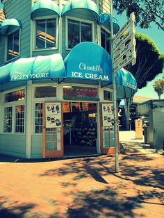 Chantilly Ice Cream - Laguna Beach Oh my gosh, it would be so cute if we got ice cream and were eating it outside of here :)