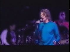 David Bowie – Something In The Air (Live Paris 1999)