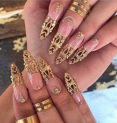 127 stiletto nails that will take your manicure to the next level – page 1 New Years Nail Designs, Gold Nail Designs, Beautiful Nail Designs, Cute Nail Designs, Acrylic Nail Designs, Art Designs, Nails Design, Bling Nails, Gold Nails
