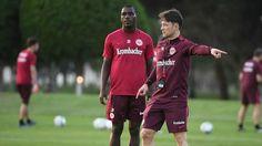 (Video) Anderson Ordóñez, en Abu Dabi con el Eintracht Frankfurt