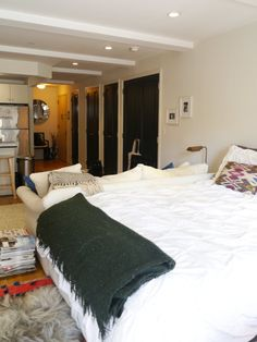 Marissa's Culinary-Chic Compact Studio | Apartment Therapy