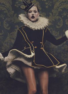 Worth Haute Couture F/W 2010/11 - great for a costume party
