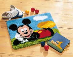 #vervaco #tapestry #mickey #disney #kidsroom #diy #weekend #freetime #hobby #embroidery #needlework #latchhook #stitch #zen