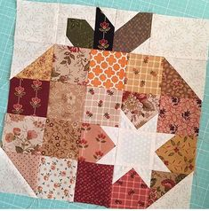 So the @saturdayquilter said she wouldn't have time to make Pumpkin Seeds this year ... Look what I just found on her Instagram!!! I love this block!  #sisters #pumpkinseeds #thepatternbasket