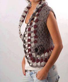 me encantan los chalecos a croche # crochet scarves for women Gilet Crochet, Crochet Coat, Crochet Jacket, Crochet Cardigan, Crochet Shawl, Crochet Clothes, Crochet Vests, Chrochet, Irish Crochet