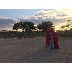 Un mágico atardecer , en una ranchería Guajira. #LaGuajiraMagica Instagram Posts, Colombia, Blouses