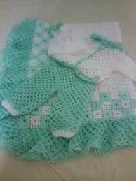 Resultado de imagem para mantas para bebe de croche