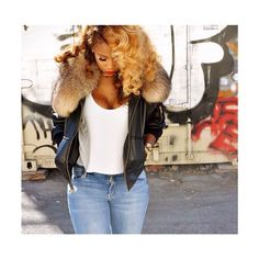 We can't get enough of Shateria's style! Supreme #hairspiration. #hautehair #blonde #teamcurly Long hairstyles.