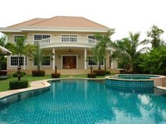 http://www.thailand-property.com/real-estate-for-sale/3-bed-villa-chonburi-pattaya-east-pattaya_59089